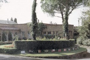 3-clubhouse